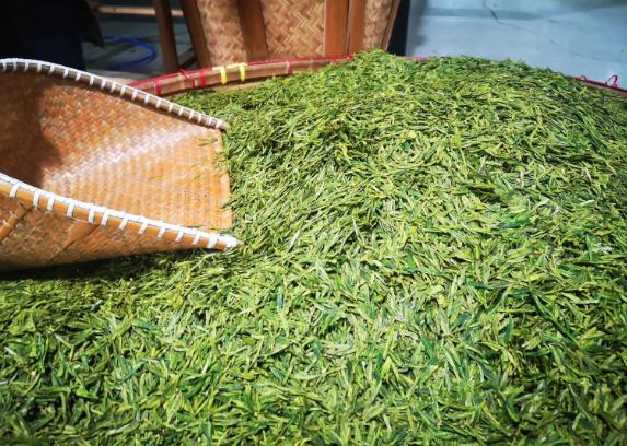 两岸茶产业及文化研讨会在重庆举行