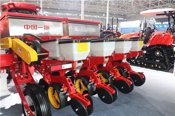 青海省实施新一轮农机补贴政策,对这几类实施累加补贴!