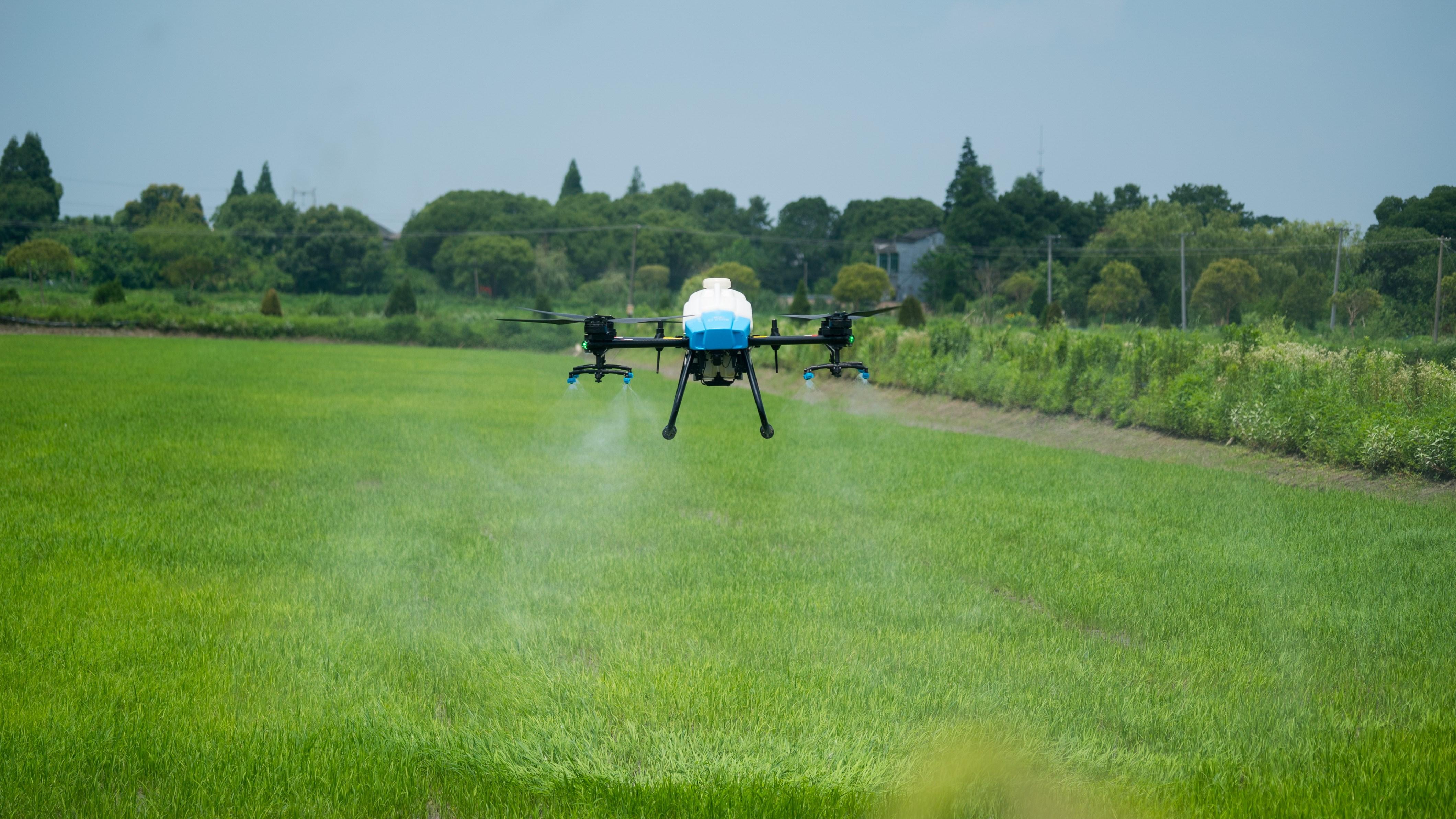 植保無人機除了噴灑農藥,還能干什么?